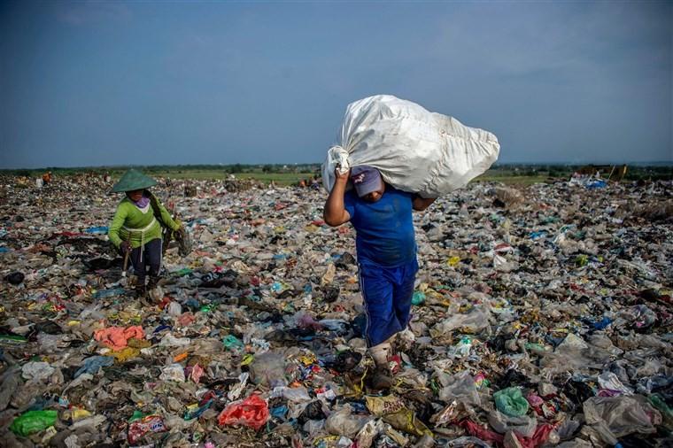 روزانه 7 هزار تن زباله و ضایعات پلاستیک از آمریکا وارد کشورهای اندونزی، ویتنام و ... می گردد.