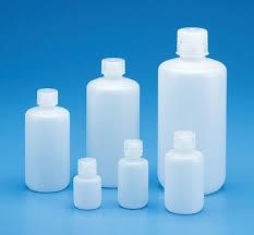 گرانول پلی اتیلن سنگین با چگالی بالا یک پلیمر ترموپلاست است که از اتیلن مونومر تولید می شود و یک محصولی پلاستیکی همه کارست که به صورت گسترده در محصولات مصرفی و صنایع غذایی استفاده می شود.