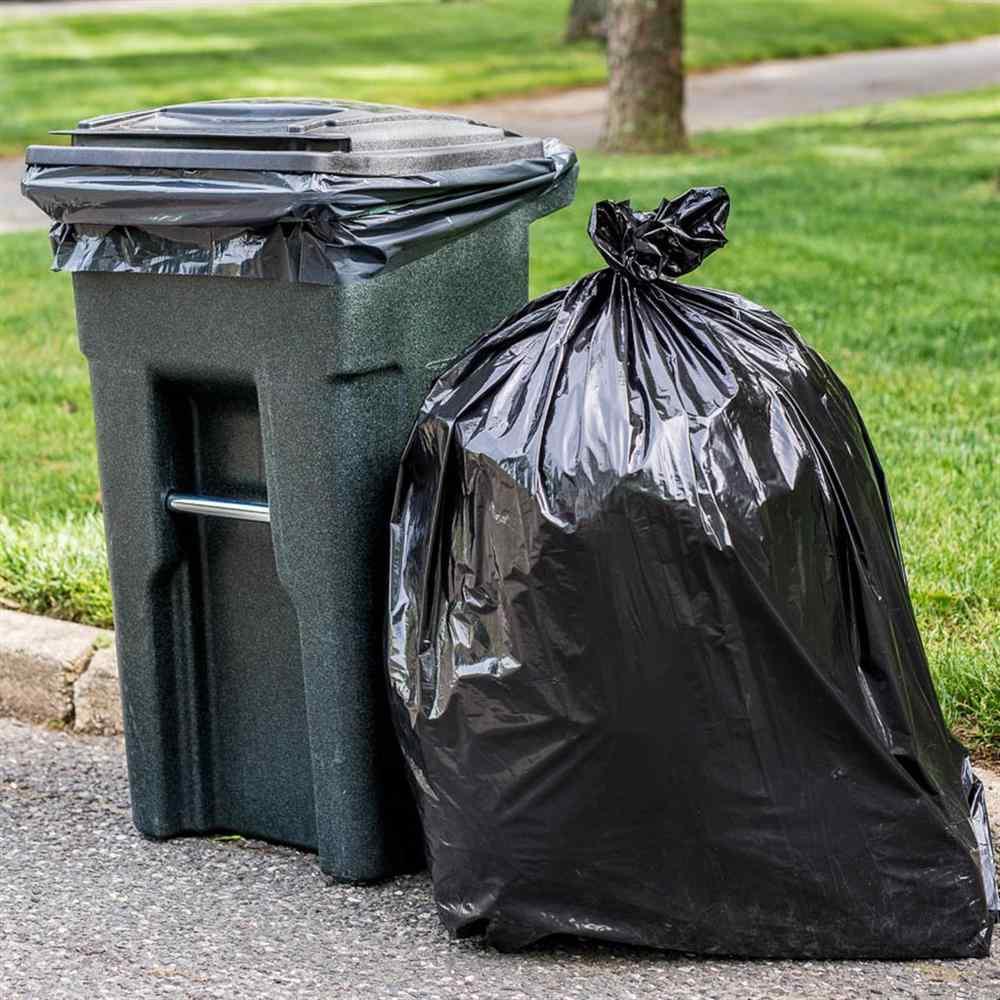 سطلهایی که اکنون در خیابانهای شهر تهران برای جمعآوری زباله وجود دارد در واقع یک مدل منسوخ در دنیاست که هم شیرابه تولید میکند و هم سبب گسترش زبالهگردی میشود.