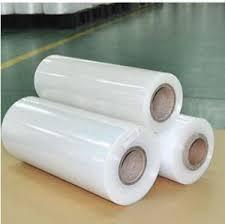 بیشتر نایلون ها تمایل به نیمه کریستالی بودن دارند و به طور کلی موادی بسیار سخت، با مقاومت حرارتی و شیمیایی خوبی هستند. انواع مختلف آن، طیف وسیعی از خواص را با وزن مخصوص، نقطه ذوب و رطوبت خاص که با افزایش تعداد نایلون تمایل به کاهش دارند ارائه می دهد.